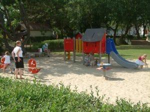 La Potiniere playground by De Haan