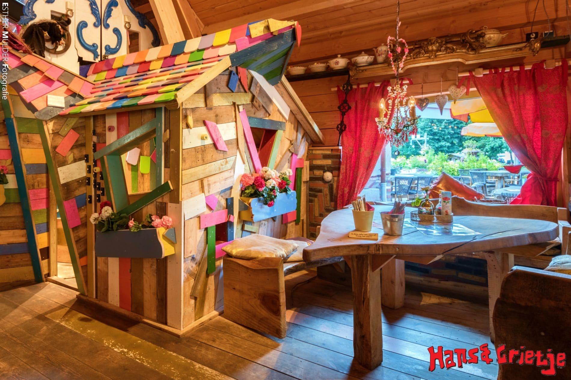 Hansel and Gretel Pancake House Holland Childrens Playhouse