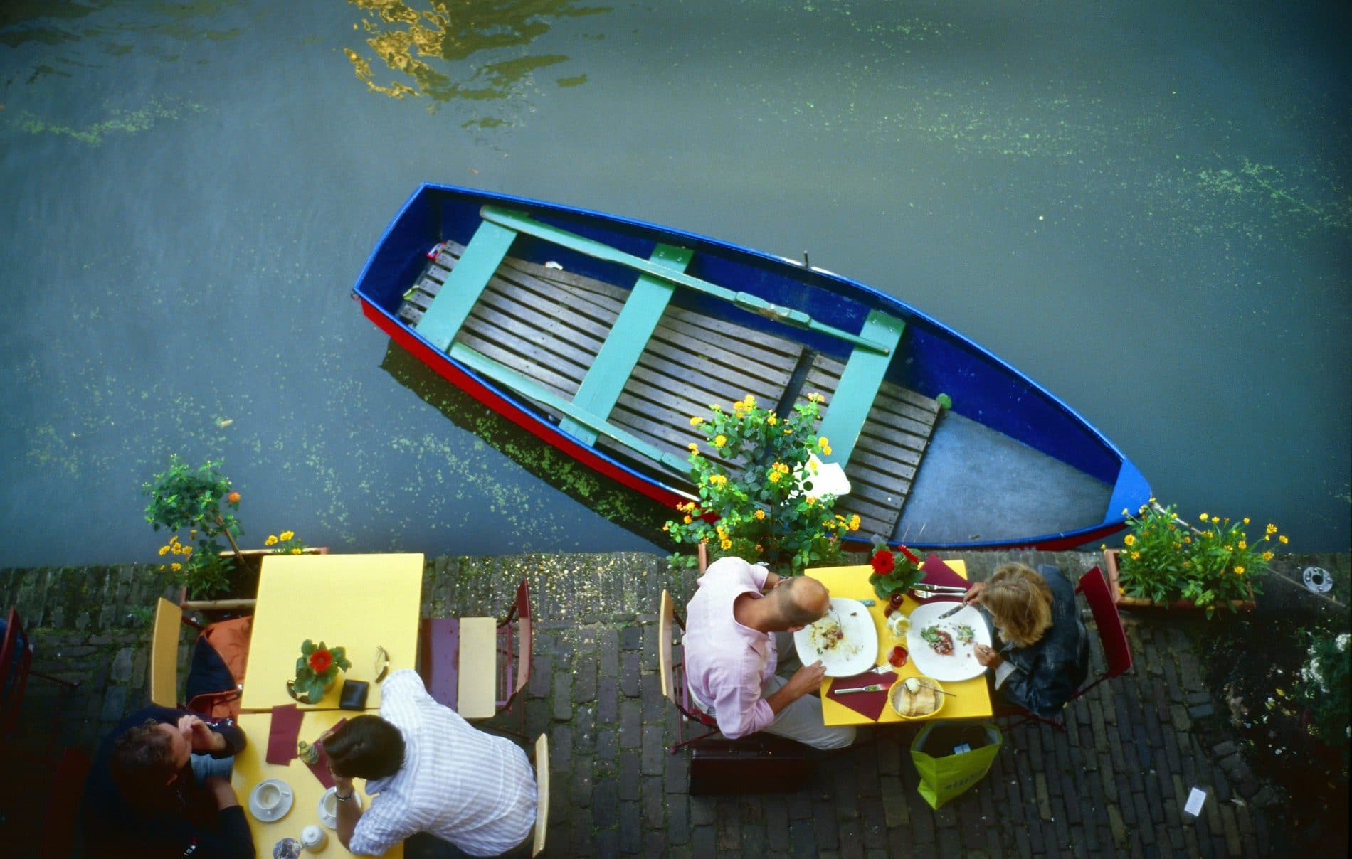 Eating on the canal front