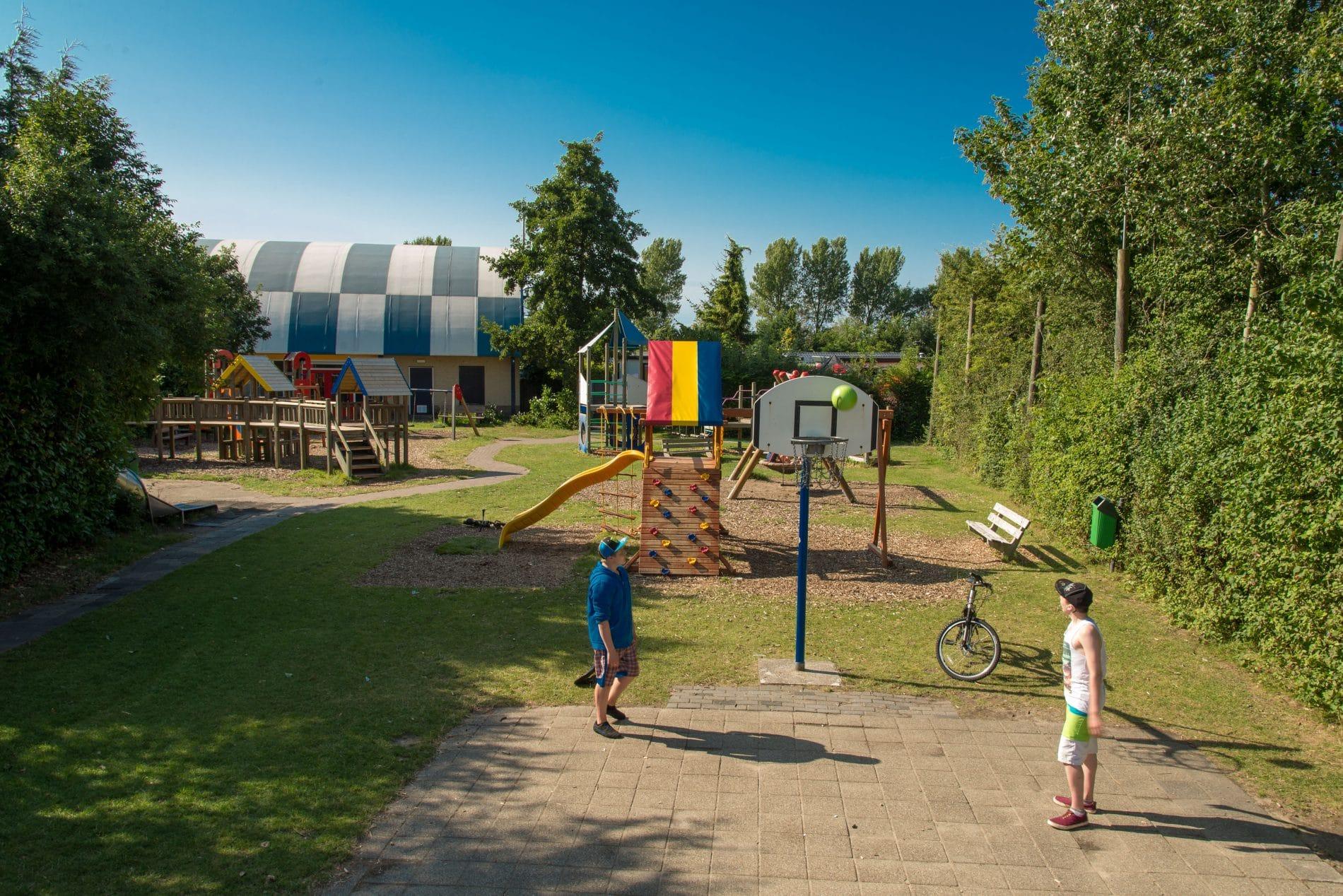 koningshof play area