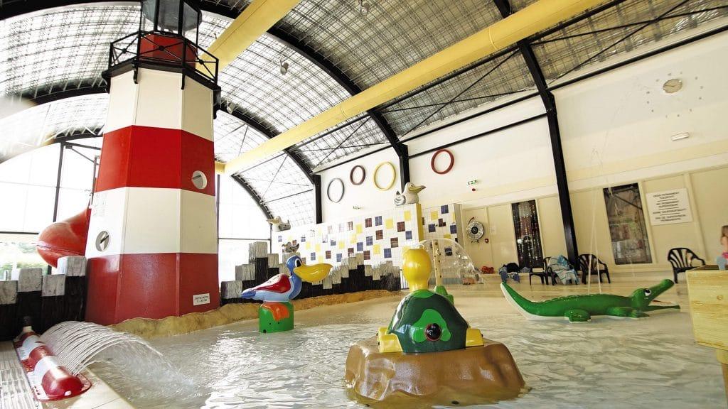 camping koningshof pool