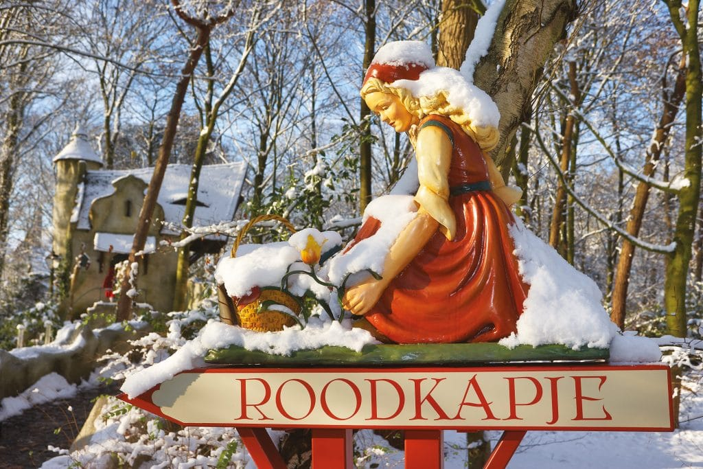 Red Riding Hood in the Winter