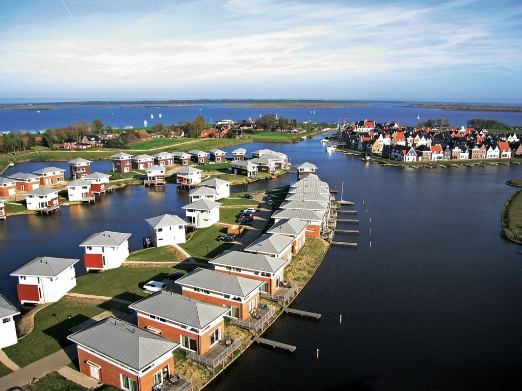 Esonstad Waterside Houses