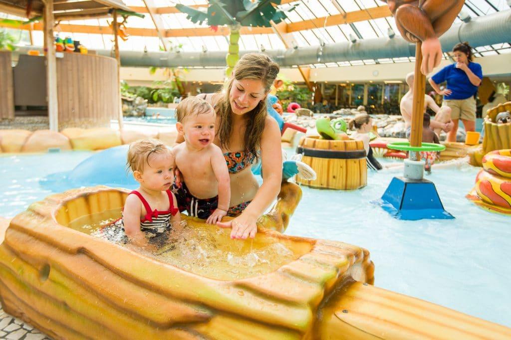 Toddlers in Lommerbergen pool