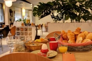 Breakfast De Kroon Hotel