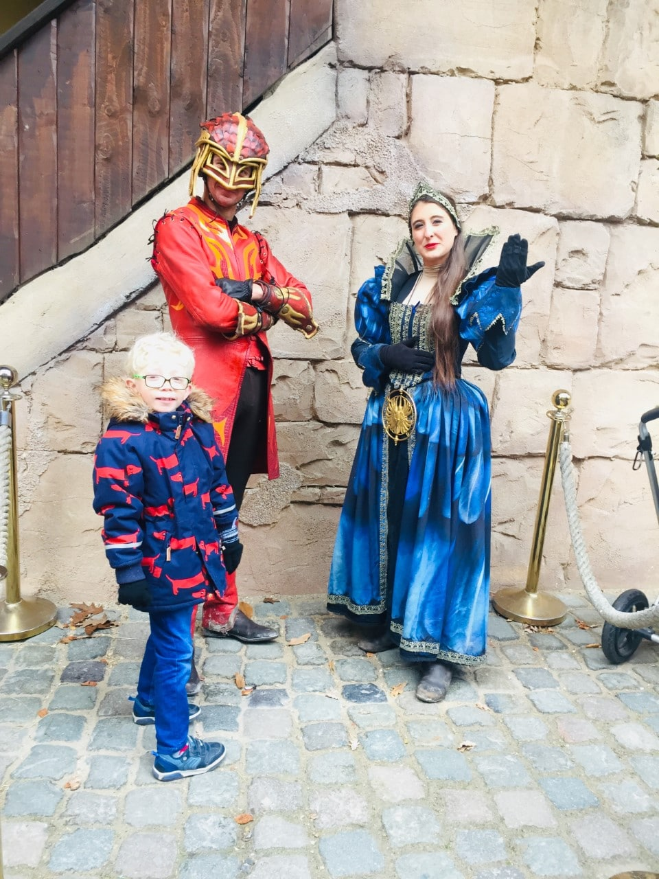Photo with Raveleijn Characters Efteling