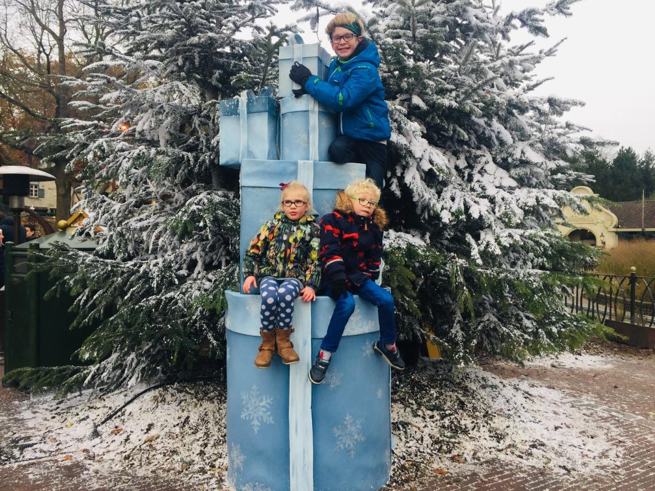 Children At Winter Efteling