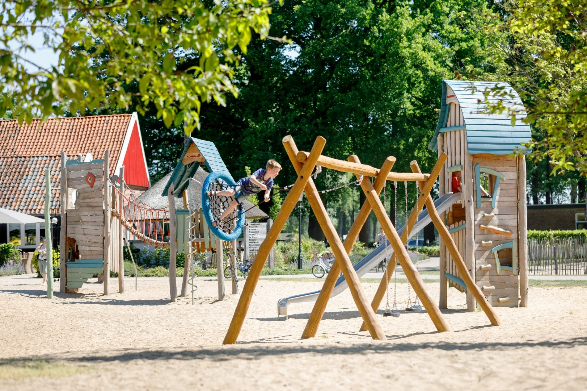 Twee briggen play area